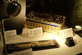 Low-light, shiny objects