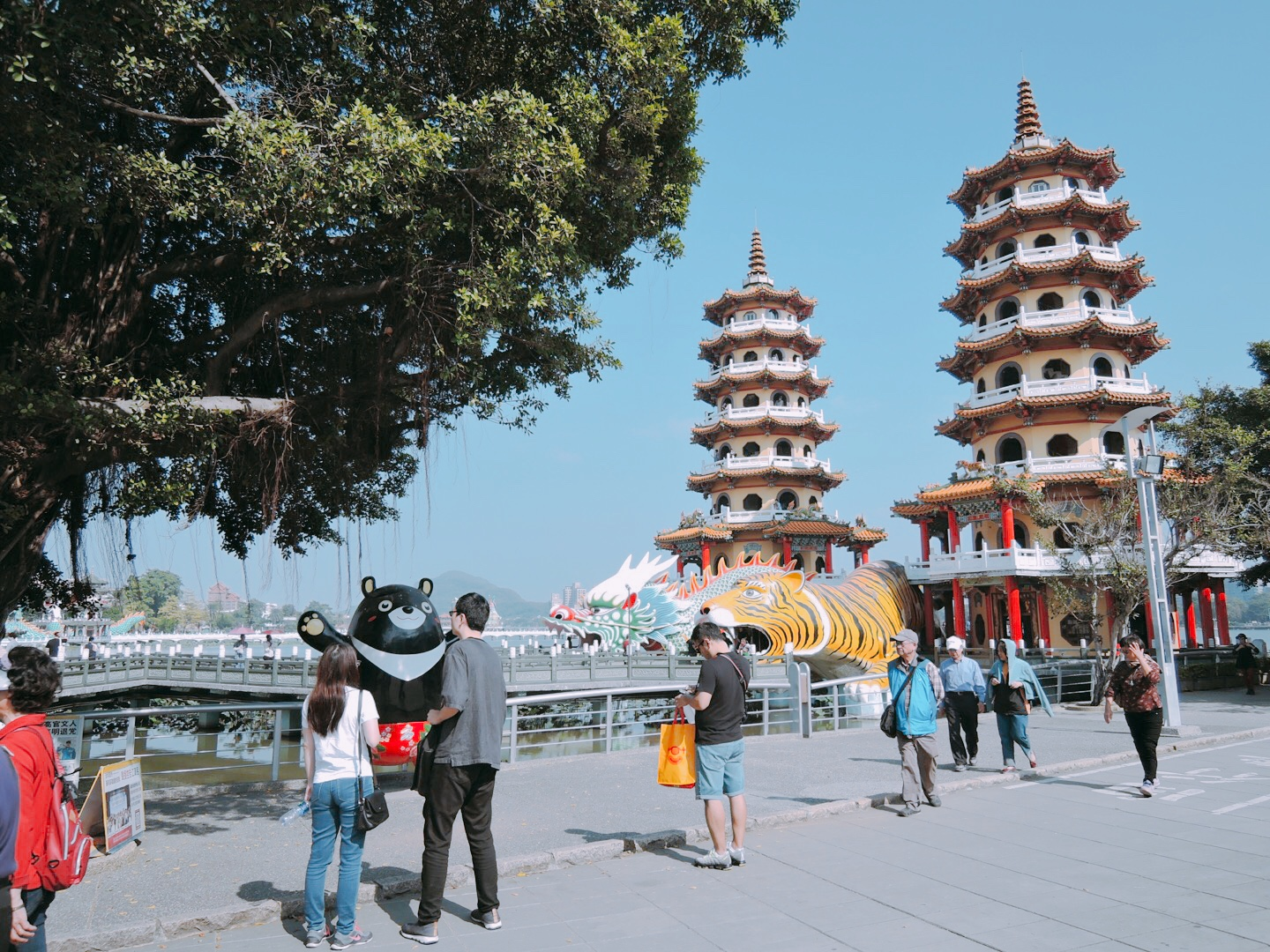 Automatic 30-day extension for foreigners entering Taiwan on or before March 21 with visa waiver, visitor visa, or landing visa