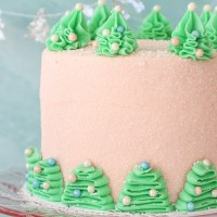 M Bakery brings back holiday-themed desserts